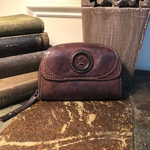 FOSSIL Leather Zippy Wallet